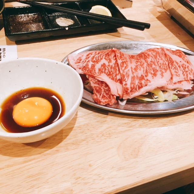 名古屋市栄にある焼肉とラーメンのお店スミヨシベースのスキヤキ