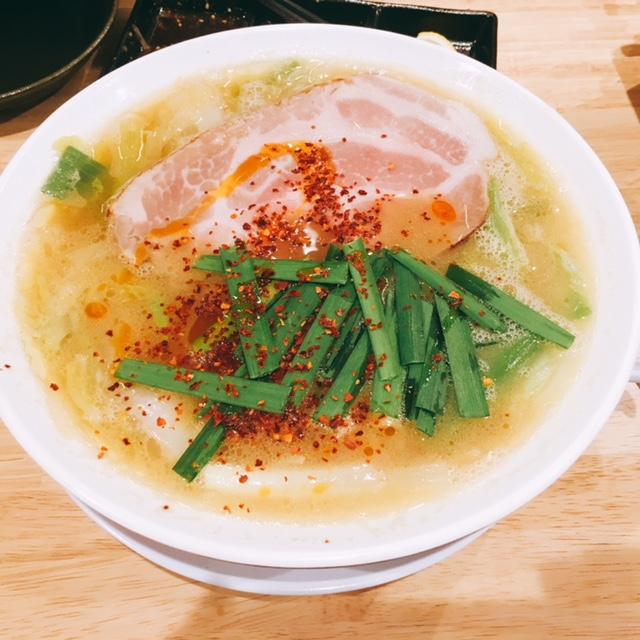 名古屋市栄にある焼肉とラーメンのお店スミヨシベースのスタミナラーメン