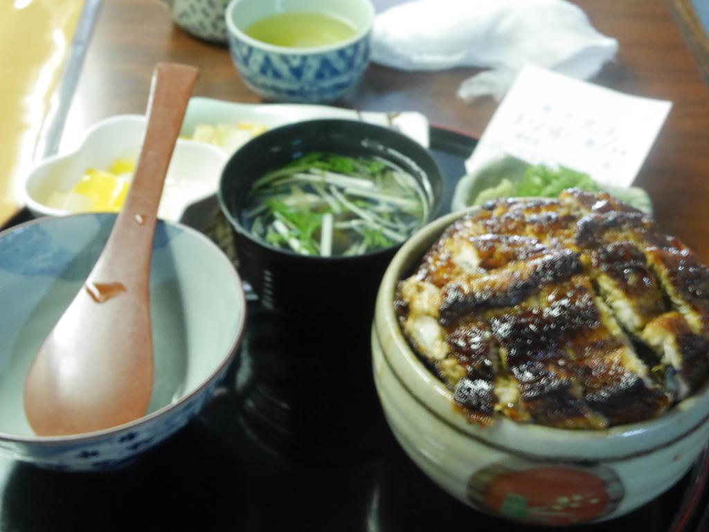 名古屋にあるうなぎ屋さんイチビキのひつまぶし