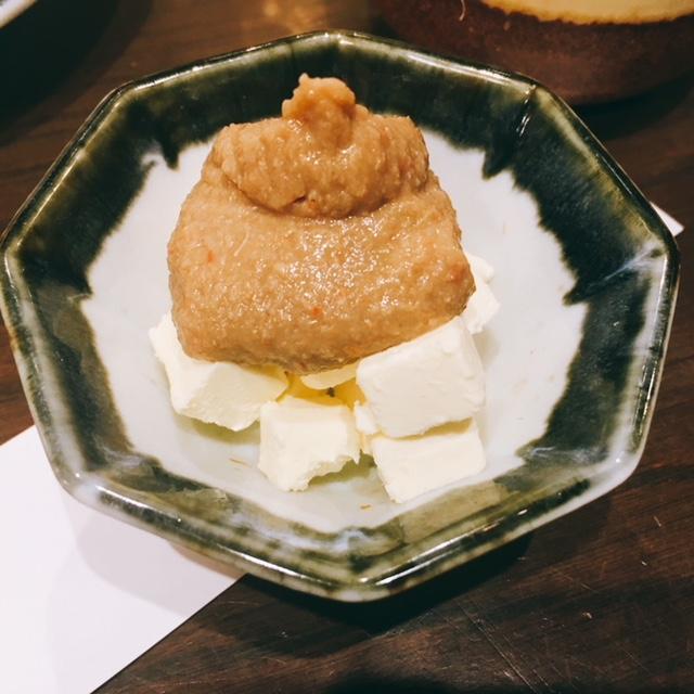 名古屋市金山にある居酒屋でーもんの蟹味噌チーズ