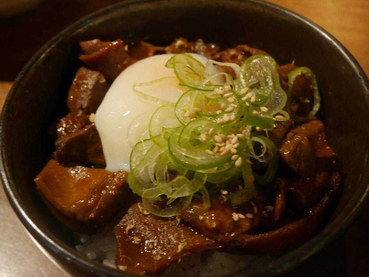 名古屋市伏見にある味噌カツ居酒屋豚八堂のどて丼