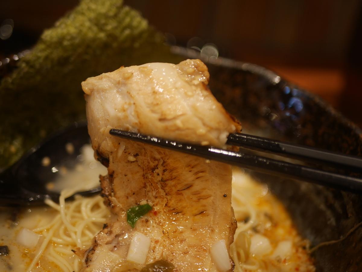 2019年名古屋市東別院にオープンしたラーメン新店千季路の千季路麺のチャーシュー