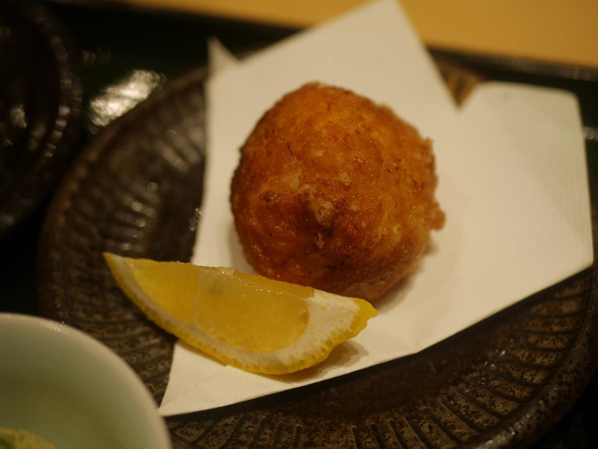 名古屋市大須にある和食料理店まるけいの海老しんじょ定食ランチ