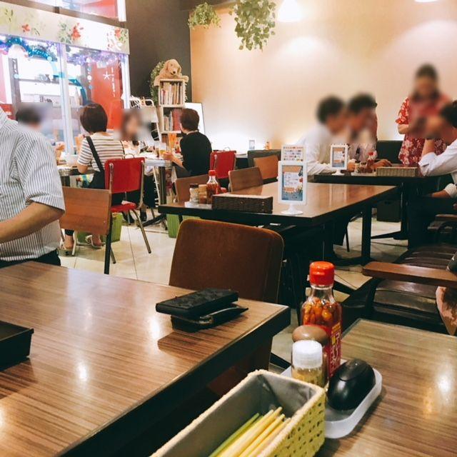 名古屋市大須にある沖縄料理のお店沖縄宝島にらいの内観