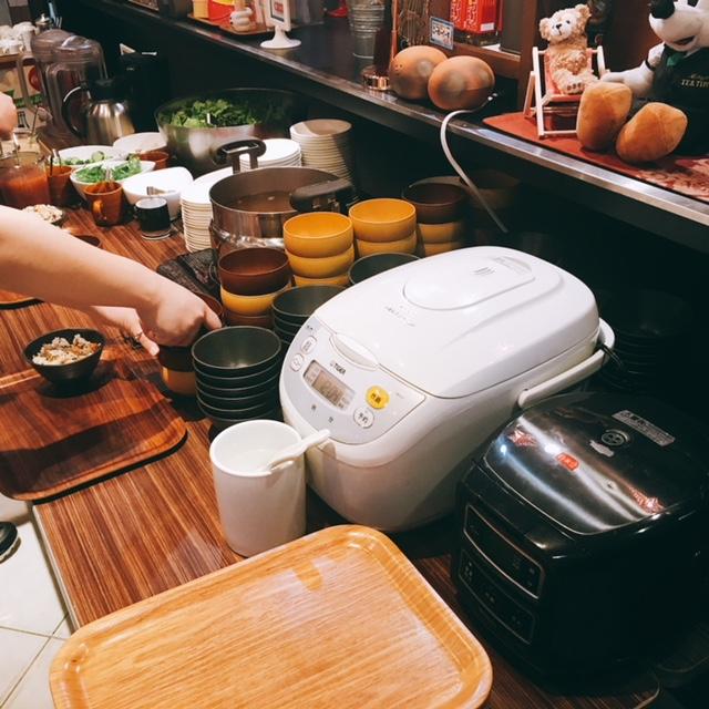名古屋市大須にある沖縄料理のお店沖縄宝島にらいの店内の様子