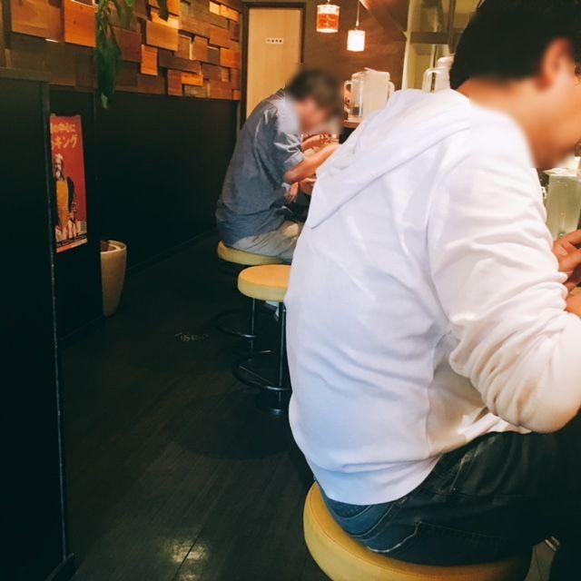 名古屋市大須にあるラーメン屋肉そばなおじの内観