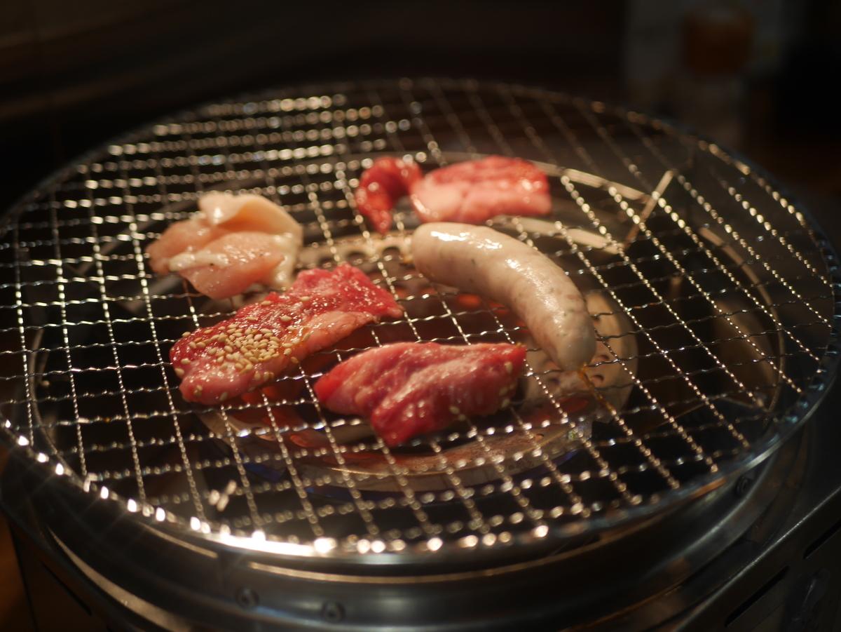 名古屋市大須にある徳川ホルモンセンター大須店の焼肉カルビランチ