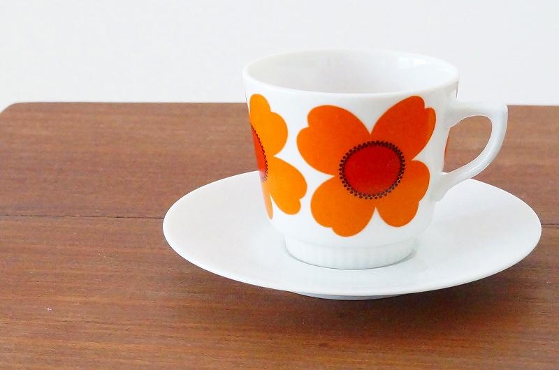 北欧食器/北欧雑貨/北欧/食器/コーヒーカップ&ソーサー/カップ&ソーサー/コーヒーカップ/花柄/オレンジ/陶磁器/ヴィンテージ/ビンテージ