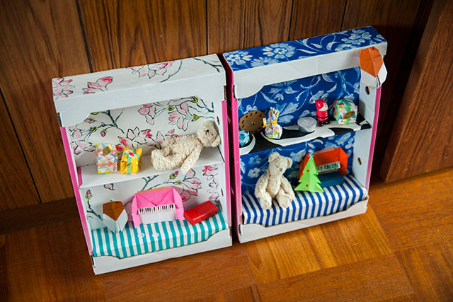 イチゴ,ダンボール箱,ドールハウス,手作り内装