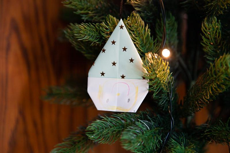 折り紙,三角帽子,小人,顔反対