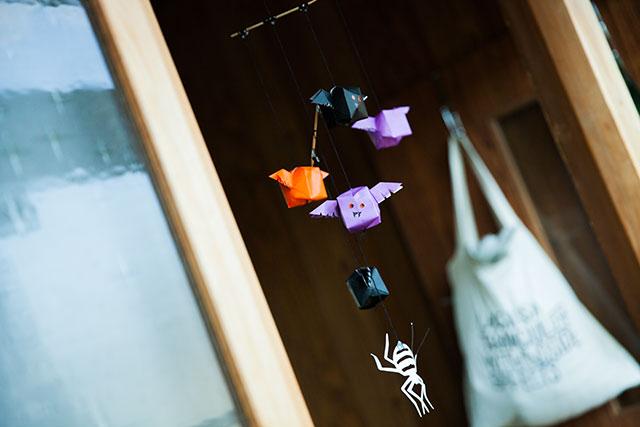 ハロウィン,コウモリ,折り紙,手作りモビール