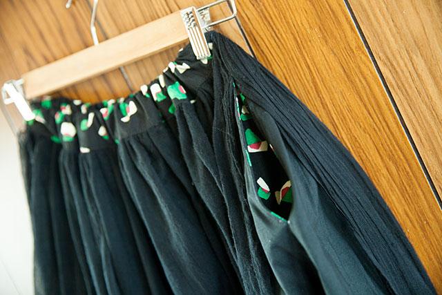 手作りロングギャザースカート,ブラック,シームポケット&ウエストベルト
