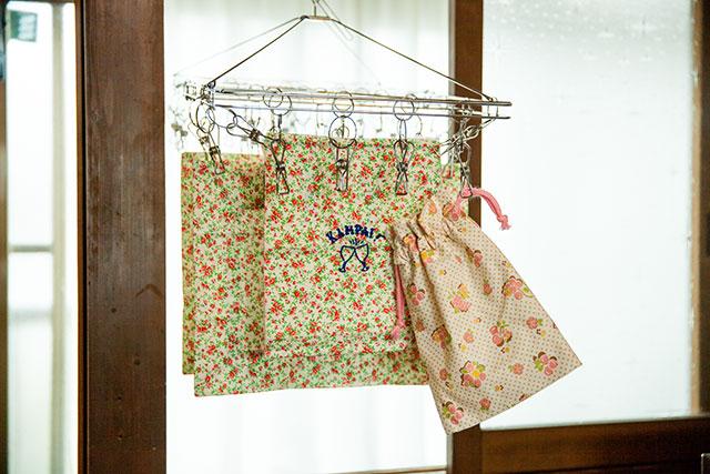 おしゃれな花柄の巾着,手作りの入園グッズ