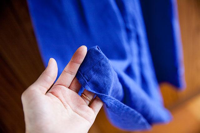 ハンドメイドのロングワンピース,リネン,ロイヤルブルー,アーミッシュブルー,折りふせ縫い仕上げ
