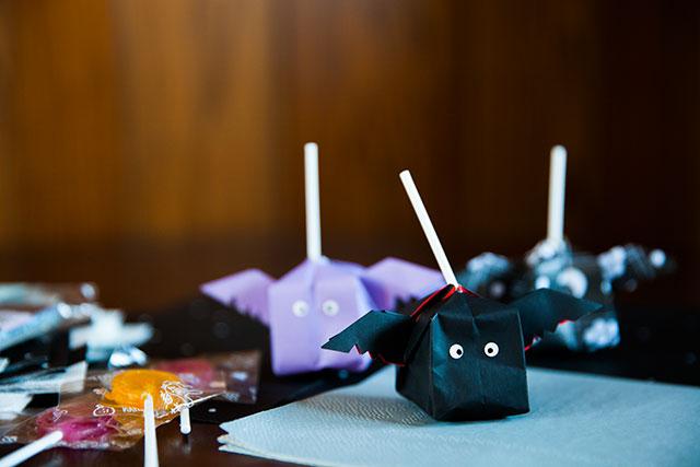 Halloweenハロウィンラッピングアイデア折り紙コウモリ