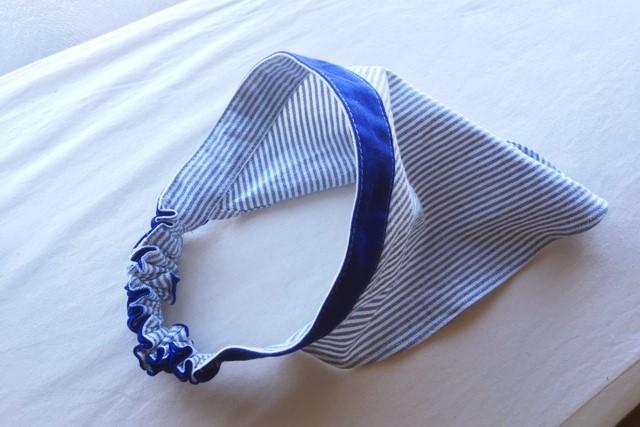 サイズアウトした子供服リメイク,ハンドメイドの調理実習用三角巾ブル×白ストライプ