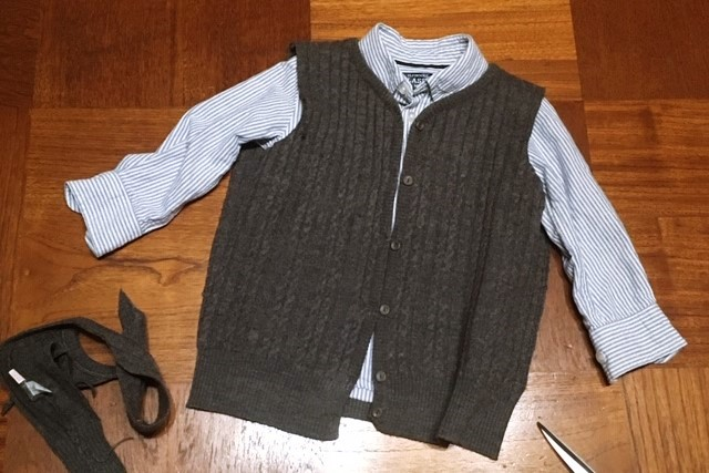 洋服リメイク,祖母ニットベストをキッズサイズにカット