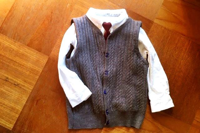 洋服リメイク,祖母ニットベストから男児ベストに作り替える