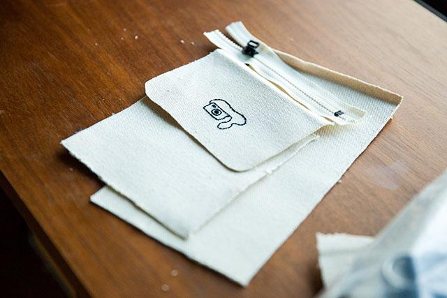 デジカメケース,手作り,刺繍,サコッシュ