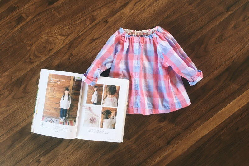 ラグランブラウス,スモック,ピンクのチェック,パターンレーベルの子供服ソーイング