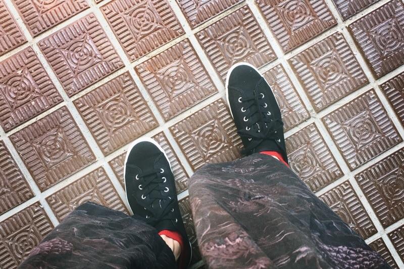 アサヒ,キャンバススニーカー,G01,ブラック,着用画像