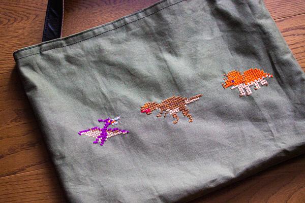 レッスンバッグ,カーキ,恐竜刺繍,大図まこと図案
