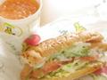 サブウェイ ハーブソーセージ/野菜と果物のジュース