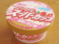エッセルスーパーカップ 練乳いちご味