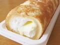 ローソン 焼きチーズもち食感ロール のびーるチーズクリーム