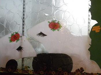 月ヶ瀬・窓と絵1