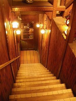 階段をくだる