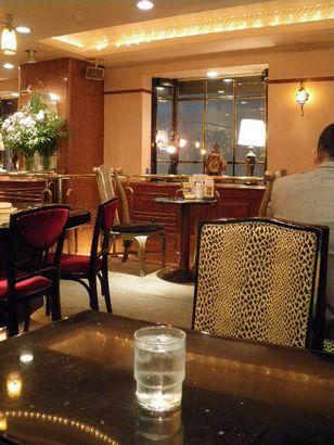 カフェ・ド・巴里 六本木店