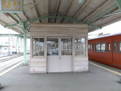 行田市駅待合室
