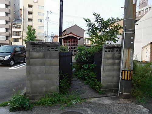 今治駅前の寂れ物件8