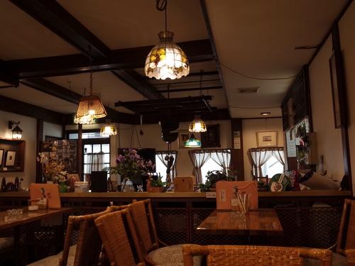 松本・茶房炉苑3