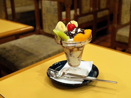 川口・ニコス・チョコレートパフェ