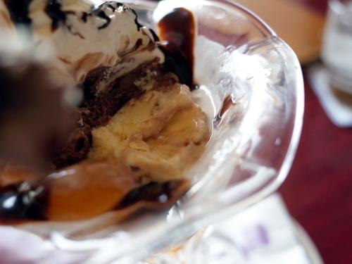 タカセのチョコレートパフェ7