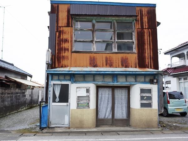 野州大塚・紅バラ美容室1