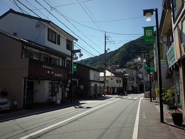 木曽福島・上町商店街