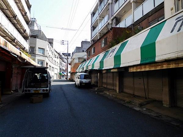 下関・長門市場1