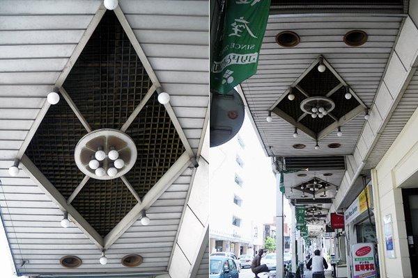 甲府・珈琲館 女王蜂(弁天通り)