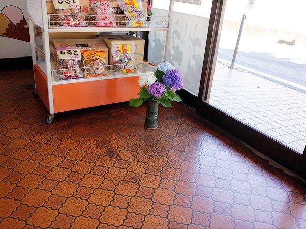 加須の商店9
