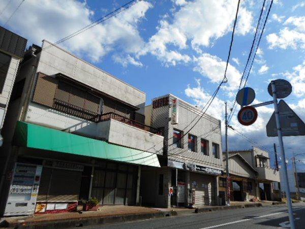 武蔵嵐山・モール(MALL)1