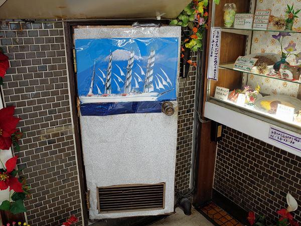 東岡崎・岡ビル百貨店・こも4