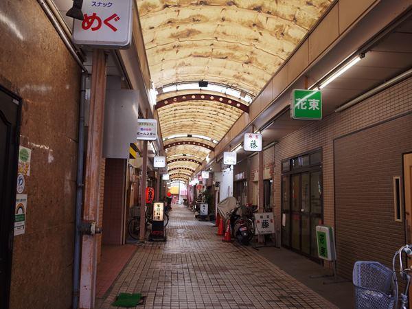 立会川西商店街6