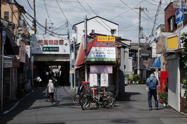 西天下茶屋・銀座商店街2