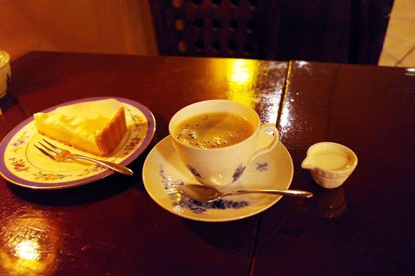 甲府・カフェ ロッシュ14