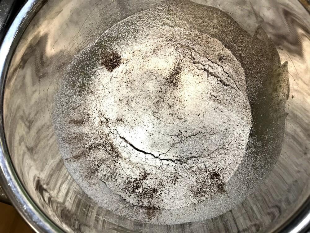 シフォンケーキ 小麦粉 ココア