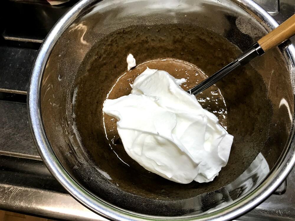シフォンケーキ メレンゲ 混ぜる