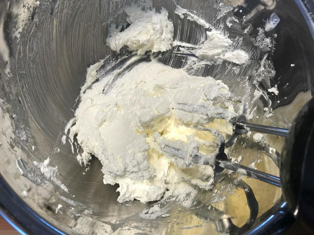 パウンドケーキ すり混ぜる